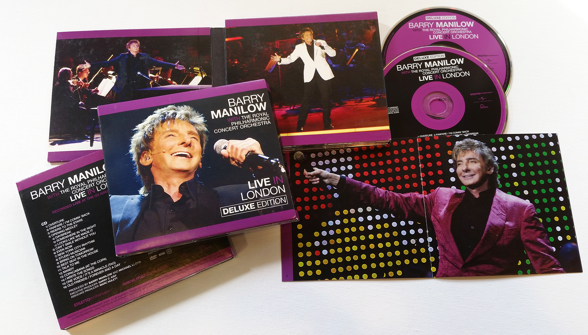 manilow-live-in-london-image